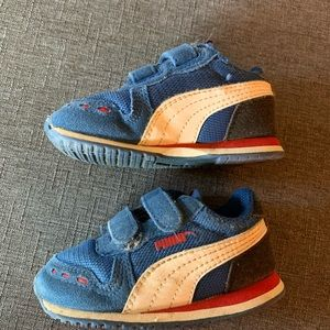 Puma Toddler Velcro Sneakers